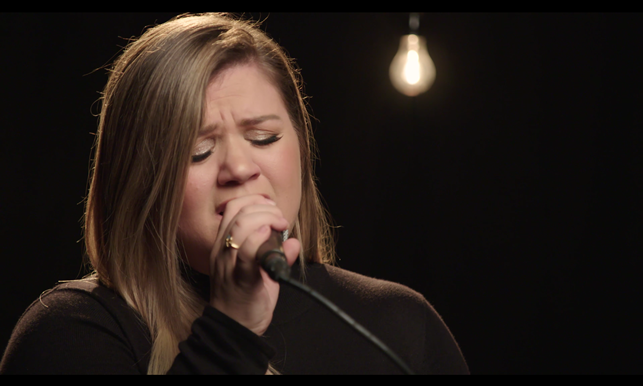 Kelly Clarkson It's Quiet Uptown Acoustic iHeartRadio