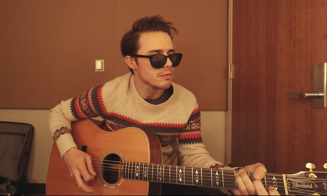American Idol Kris Allen Sweater Session - Baby Won't You Wait Until The New Year