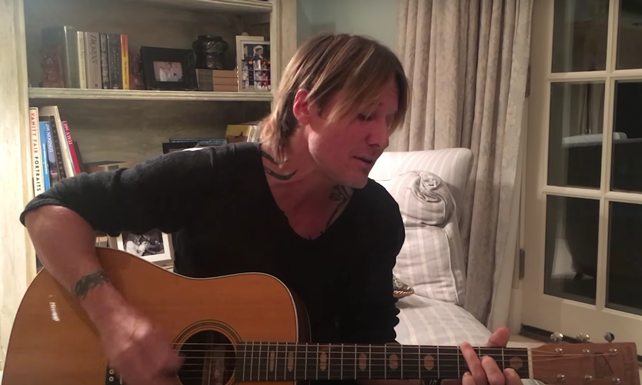 Keith Urban performs tribute to Bowie, Prince, Glen Frey, George Michael and more