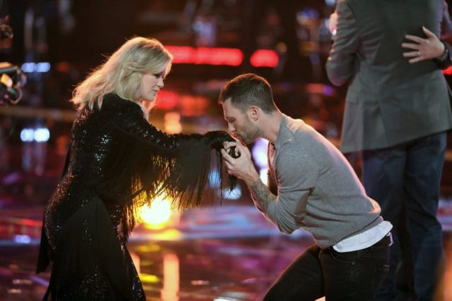 """THE VOICE -- """"Live Playoffs"""" Episode 1414A -- Pictured: (l-r) Kelly Clarkson, Adam Levine -- (Photo by: Tyler Golden/NBC)"""