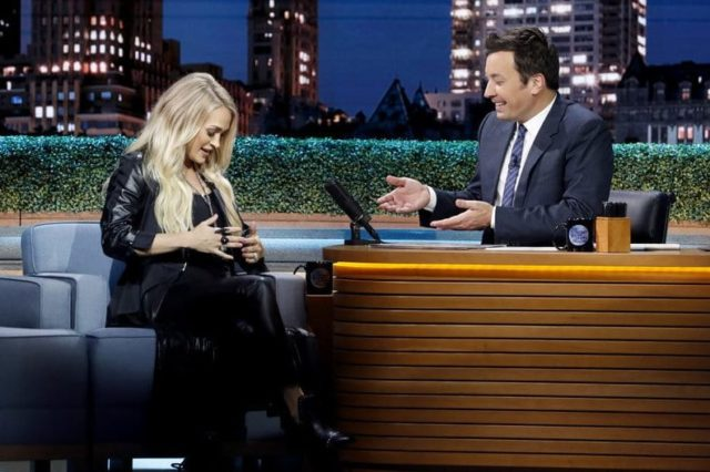 THE TONIGHT SHOW STARRING JIMMY FALLON -- Episode 0924 -- Pictured: (l-r) Singer Carrie Underwood during an interview with host Jimmy Fallon on September 13, 2018 -- (Photo by: Andrew Lipovsky/NBC)