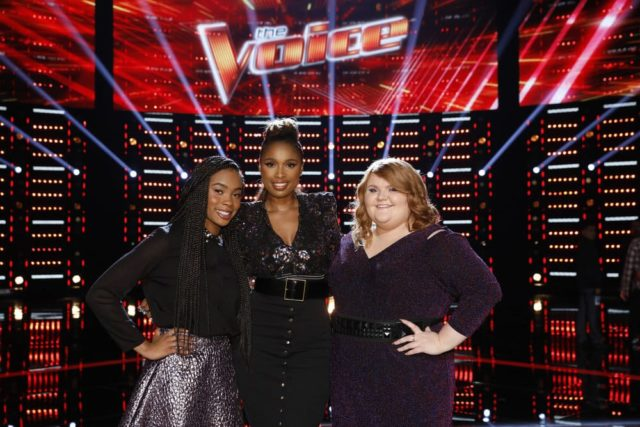 """THE VOICE -- """"Live Top 11 Results"""" Episode 1516B -- Pictured: (l-r) Kennedy Holmes, Jennifer Hudson, Makenzie Thomas -- (Photo by: Trae Patton/NBC)"""