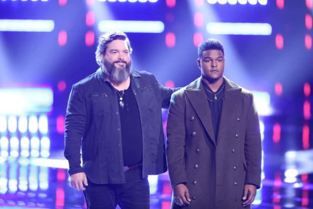 """THE VOICE -- """"Live Top 10 Results"""" Episode 1517B -- Pictured: (l-r) Dave Fenley, DeAndre Nico -- (Photo by: Tyler Golden/NBC)"""