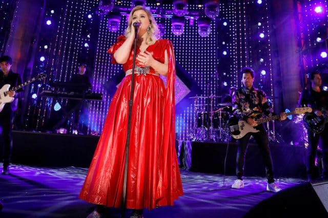Kelly Clarkson - New Year's 2019 NBC