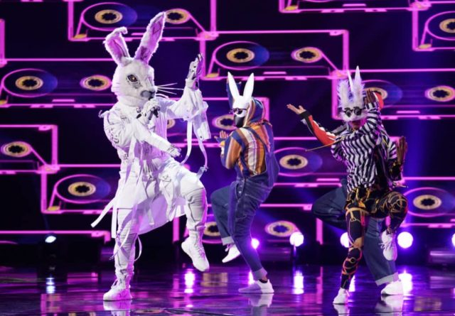 "THE MASKED SINGER: Rabbit in the ""Mix and Masks"" episode of THE MASKED SINGER airing Wednesday, Jan. 30 (9:00-10:00 PM ET/PT) on FOX. © 2019 FOX Broadcasting. CR: Michael Becker / FOX."