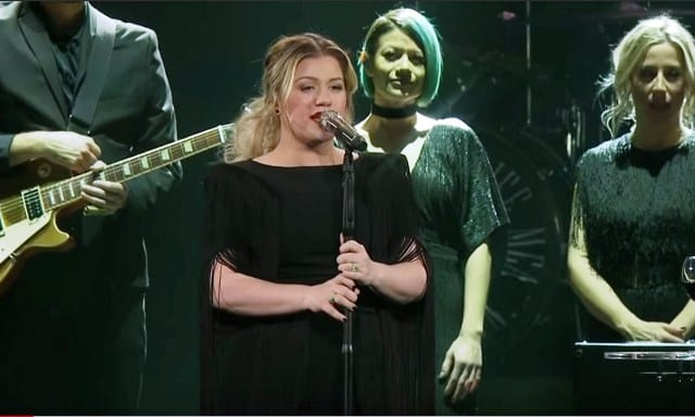 Watch Kelly Clarkson's Viral Cover of Lady Gaga's