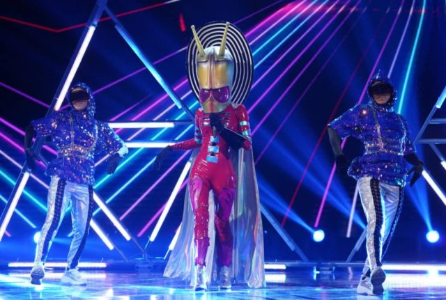 "THE MASKED SINGER: Alien in the ""All Together Now"" episode of THE MASKED SINGER airing Wednesday, Feb. 13 (9:00-10:00 PM ET/PT) on FOX. © 2019 FOX Broadcasting. Cr: Michael Becker / FOX."