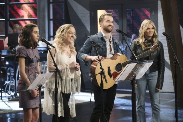 "THE VOICE -- ""Battle Reality"" Episode 1607 -- Pictured: (l-r) Mikaela Astel, The Bundys -- (Photo by: Trae Patton/NBC)"