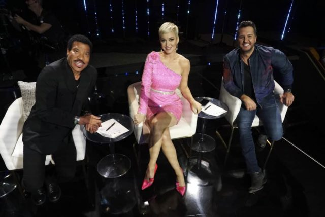 """AMERICAN IDOL - """"211 (All-Star Duets)"""" - The remaining 10 contestants of the Top 20 perform duets with all-star celebrity partners from The Wiltern in Los Angeles, as the search for America's next superstar continues on The ABC Television Network, MONDAY, APRIL 8 (8:00-10:00 p.m. EDT), streaming and on demand. Following the performances, the tension will rise as the remaining 10 contestants find out who has made the last seven spots, rounding out the Top 14 during a final elimination that will leave audiences stunned. (ABC/Eric McCandless) LIONEL RICHIE, KATY PERRY, LUKE BRYAN"""