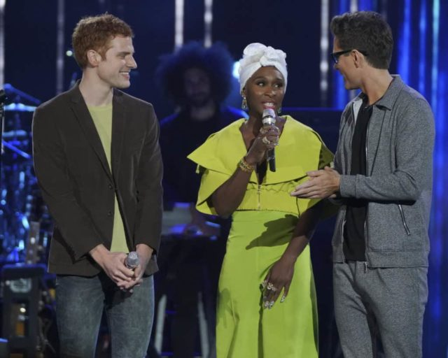 """AMERICAN IDOL - """"211 (All-Star Duets)"""" - The remaining 10 contestants of the Top 20 perform duets with all-star celebrity partners from The Wiltern in Los Angeles, as the search for America's next superstar continues on The ABC Television Network, MONDAY, APRIL 8 (8:00-10:00 p.m. EDT), streaming and on demand. Following the performances, the tension will rise as the remaining 10 contestants find out who has made the last seven spots, rounding out the Top 14 during a final elimination that will leave audiences stunned. (ABC/Eric McCandless) JEREMIAH LLOYD HARMON, CYNTHIA ERIVO, BOBBY BONES"""