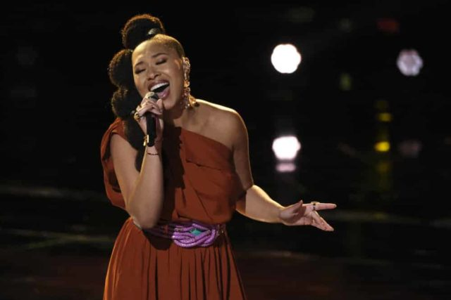 """THE VOICE -- """"Live Top 24"""" Episode 1613A -- Pictured: Oliv Blu -- (Photo by: Trae Patton/NBC)"""