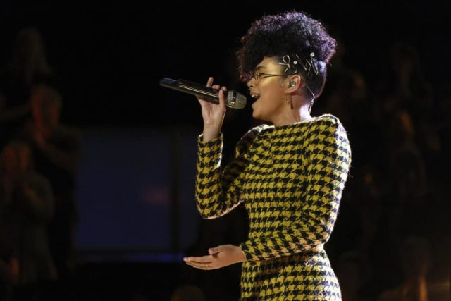 """THE VOICE -- """"Live Top 13"""" Episode 1614A -- Pictured: Mari -- (Photo by: Trae Patton/NBC)"""