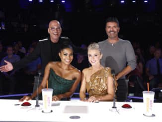 "AMERICA'S GOT TALENT -- ""Quarter Finals 1"" Episode 1412 -- Pictured: (l-r) Howie Mandel, Gabrielle Union, Julianne Hough, Simon Cowell -- (Photo by: Trae Patton/NBC)"