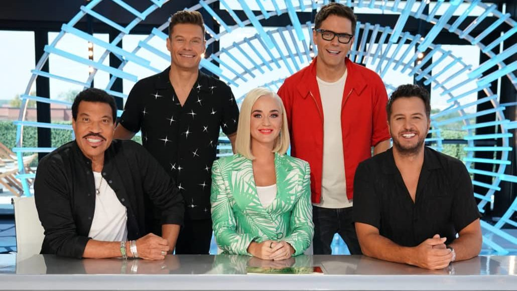 American Idol Tour 2020.American Idol 2020 Will Premiere In February Find Out Why