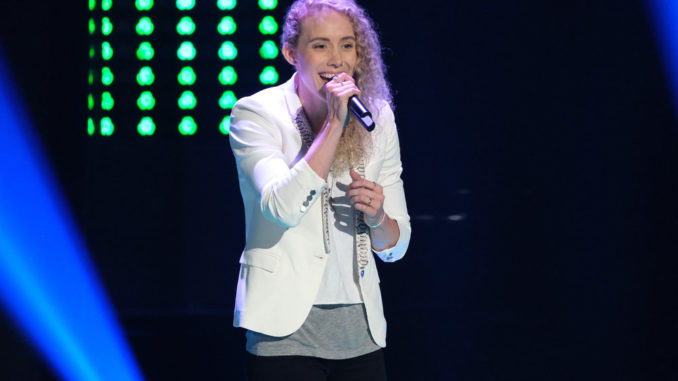 """THE VOICE -- """"Blind Auditions"""" Episode 1703 -- Pictured: Cali Wilson -- (Photo by: Justin Lubin/NBC)"""