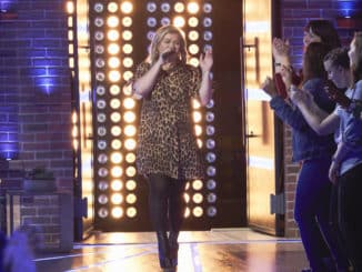 THE KELLY CLARKSON SHOW -- Episode 3031 -- Pictured: Kelly Clarkson -- (Photo by: Adam Christopher/NBCUniversal)