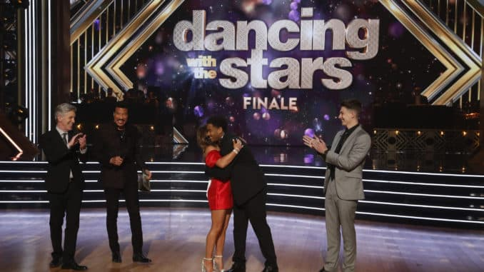 """DANCING WITH THE STARS - """"Finale"""" - It all comes down to this as four celebrity and pro-dancer couples return to the ballroom to compete and win the Mirrorball trophy on the 11th and final week of the 2019 season of """"Dancing with the Stars,"""" live, MONDAY, NOV. 25 (8:00-10:00 p.m. EST), on ABC. (ABC/Kelsey McNeal) TOM BERGERON, LIONEL RICHIE, LAYLA, SHAWN, LOGAN"""