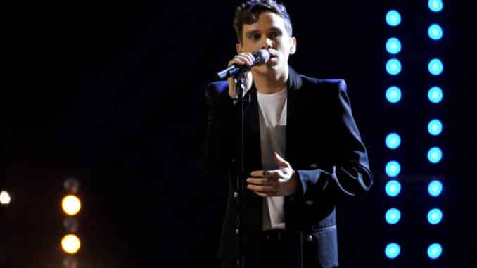 "THE VOICE -- ""Live Playoffs Top 20"" Episode 1715A -- Pictured: Max Boyle -- (Photo by: Trae Patton/NBC)"