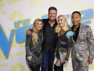 "THE VOICE -- ""Live Finale Performances"" Episode 1720A -- Pictured: (l-r) Kelly Clarkson, Blake Shelton, Gwen Stefani, John Legend -- (Photo by: Trae Patton/NBC)"