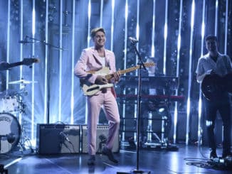 """SATURDAY NIGHT LIVE -- """"Scarlett Johansson"""" Episode 1776 -- Pictured: Musical guest Niall Horan performs on Saturday, December 14, 2019 -- (Photo by: Will Heath/NBC)"""