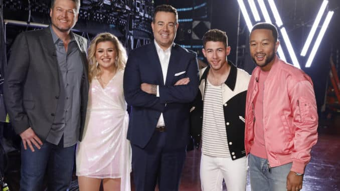 "THE VOICE -- ""Knockout Rounds"" Episode 1809 -- Pictured: (l-r) Blake Shelton, Kelly Clarkson, Carson Daly, Nick Jonas, John Legend -- (Photo by: Trae Patton/NBC)"