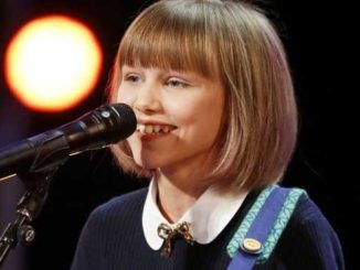 "AMERICA'S GOT TALENT -- ""AGT: 15th Anniversary Special"" Episode 1510 -- Pictured: Grace Vanderwaal -- (Photo by: Trae Patton/NBC)"