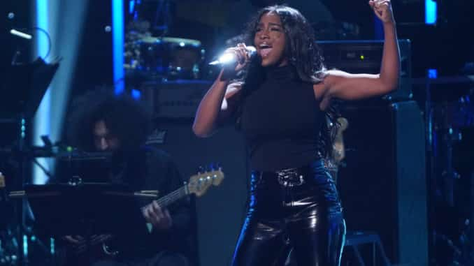 """AMERICAN IDOL – """"409 (Showstopper/Final Judgment Part #2)"""" – Following Sunday's kickoff to the all-new Showstopper round, """"American Idol"""" continues the two-night event on MONDAY, MARCH 29 (8:00-10:00 p.m. EDT), on ABC. (ABC/Eric McCandless) ALANA"""