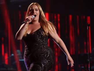 """AMERICAN IDOL – """"410 (All Star Duets and Solos)"""" – Following last week's Showstopper round, """"American Idol"""" continues with the All Star Duet and Solo round, SUNDAY, APRIL 4 (8:00-10:00 p.m. EDT), on ABC. (ABC/Eric McCandless) GRACE KINSTLER"""