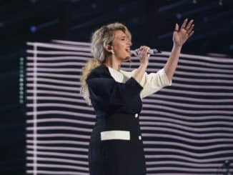 "AMERICAN IDOL – ""411 (All Star Duets and Solos)"" – Following Sunday's kickoff to the All Star Duet round, ""American Idol"" continues the two-night event on MONDAY, APRIL 5 (8:00-10:00 p.m. EDT), on ABC. (ABC/Eric McCandless) TORI KELLY"