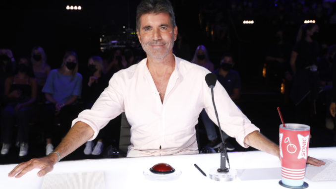 """AMERICA'S GOT TALENT -- """"Quarterfinals Results 2"""" Episode 1612 -- Pictured: Simon Cowell -- (Photo by: Trae Patton/NBC)"""