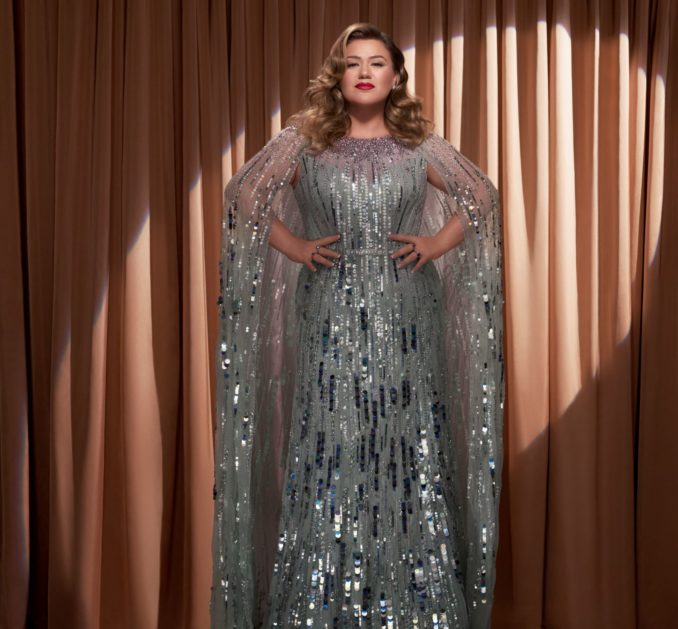 Kelly Clarkson Christmas Isn't Cancelled (Just You)