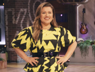 THE KELLY CLARKSON SHOW -- Episode 1025 -- Pictured: Kelly Clarkson -- (Photo by: Weiss Eubanks/NBCUniversal)
