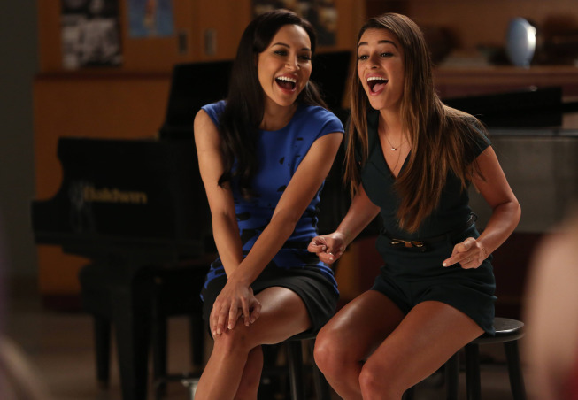 GLEE-Santana-Naya-Rivera-L-and-Rachel-Lea-Michele-R-perform-in-the-New-Directions-episode-of-GLEE-airing-Tuesday-March-25-900-1000-PM-ETPT-on-FOX.-©2014-Broadcasting-Co.-CR-Tyler-GoldenFOX